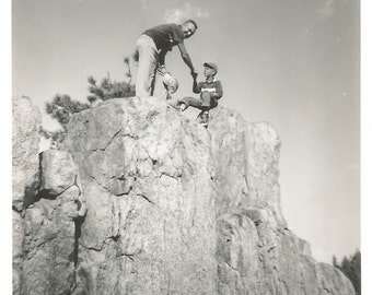 """Vintage Photo""""I'm Not Coming Down"""" Cliff Rock Formation Little Boy Baseball Cap Found Vernacular Photo"""