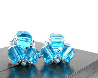 Vintage earrings clip on cluster aqua blue crystal JAPAN silvertone clip