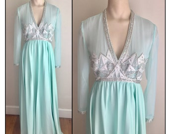 Vintage 1970s Ice Blue Mint Green Long Sleeve Beaded Formal Dress XS 0 2