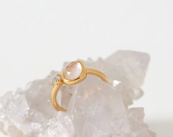 Reina - Rose Quartz on Gold Teardrop Ring