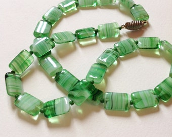 Vintage 60's glass necklace Mint green