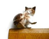 Royal Doulton Kitten Licking Back Paw #2580 Peggie Davis 1970s Cat Lover Gift Stocking Stuffer