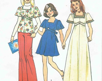 70s Girls Boho Dress or Tunic Pattern SImplicity 6867. Maxi or Mini Dress, Tunic with Square Neckline and Back Bow. Child Size 7 Breast 26