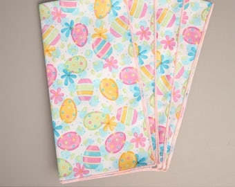 Easter Napkins, Set of 4 Cloth Table Napkins, Napkins with Brightly colored Easter Eggs, Easter Table Decor, Easter Table Linens