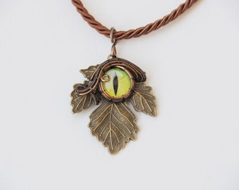 Dragon eye necklace Green Wire wrapped pendant leaf steampunk nature jewelry Gift for her him Tolkien Sauron the great eye