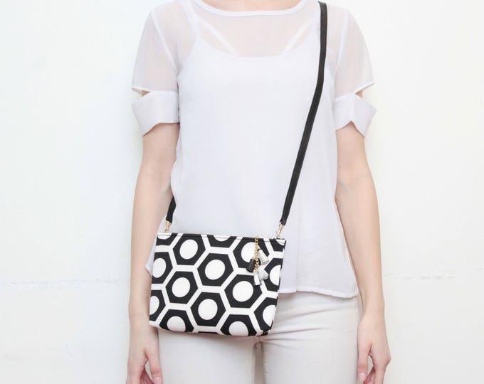 Graphical shoulder bag. Small crossbody purse. Everyday bag. Bridesmaid gift. Simple bag. Monochrome fabric. Black white bag. /MODEST 13