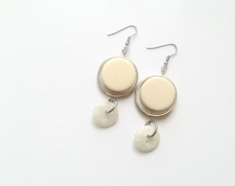 50% OFF - Cream white earrings - Recycled button jewelry resin metal - Dangle earrings - Colorful earrings - Made in Canada - Mlle Bouton