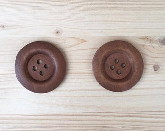 50 mm - 2 big brown wood buttons