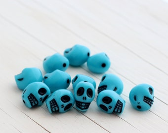 Colorful Acrylic Skull Beads - Turquoise - 12mm - 12 Beads