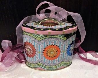 Beautiful Vintage Pink Oval Tin, Ornate Floral Sunburst Medallions, Rileys Toffee Tin, Vintage Candy Tin, Mid Century