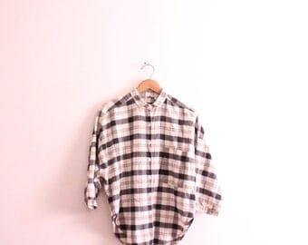Feminine Plaid 90s Button Down Shirt