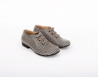 Houndstooth shoes, Women's Leather Flats wide black and white Metal Eyelets Grommets Edgy style , ADIKILAV , ON SALE 20%