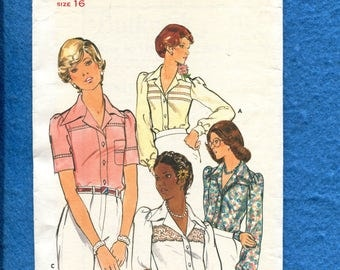 1970's Butterick 4135 Blouses with Large Pointed Collar & Inset Lace  Size 16 UNCUT