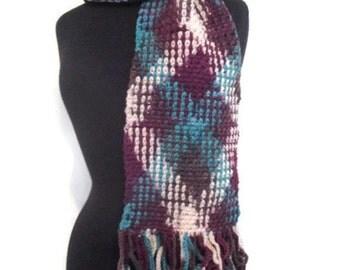 Argyle crochet scarf with fringe