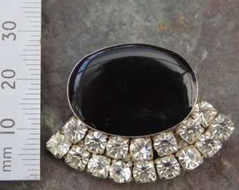 Vintage Onyx Brooch