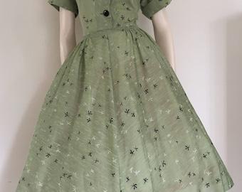 Lovely Novelty Print Green 50's Party Dress / Full Skirt / Medium Large