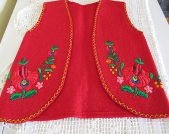"""239. Felted vest for girl, hand embroidered felted vest with ,, matyó pattern"""", hungarian felted vest for girl (unused)"""