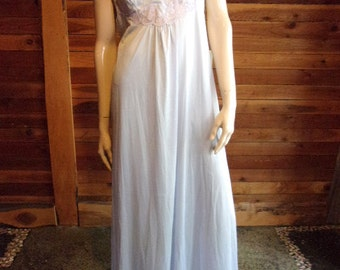 Vintage Lingerie 1970s GOSSARD ARTEMIS Blue Size Medium Nightgown with Lilac Lace ~ Has Tags