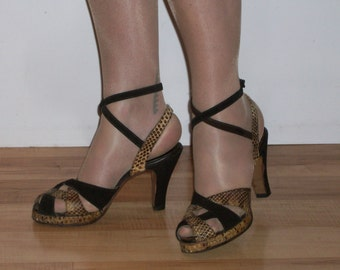 Bombshell 1940s suede / snakeskin peep toe platforms w/double ankle straps US 7, UK 5