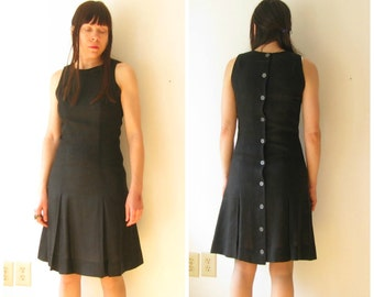 Vintage 50s 60s Black Linen Sleeveless Dress  / 1950s 1960s Dress / Knee Length / Button Down Back / Size Small