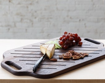 Walnut Serving Tray // Cheeseboard // Cutting board