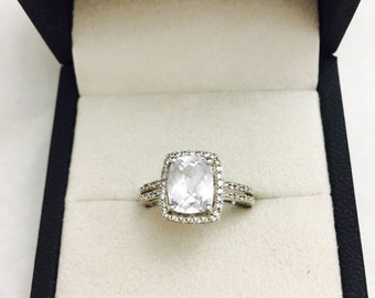 Vintage 2CT Cubic Zirconia Cushion Set Sterling Silver Ring - 3.7 Grams - Size 7.25
