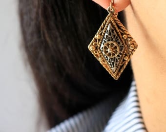 Antique Gold Filigree Clip On Earrings - Silver Gold Filigree Earrings - Boho Clip On Earrings