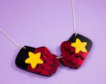 Steven Universe - Garnet's Gauntlets Necklace