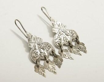 Classic vintage silver Moroccan khamsa dangle earrings