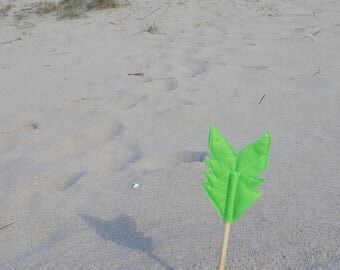 Green Felt Arrow SUNDANCE Pencil Topper, Green Arrow, Vegan