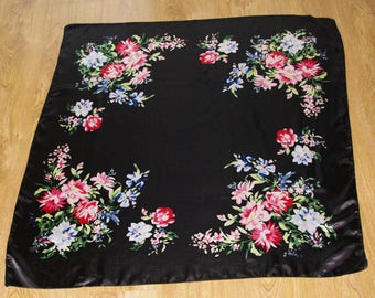 Neck scarf Black Polish Shawl / Scarf Russian Shawl Folk Scarf Shining Leaves Flowers Roses Russian Floral headscarf Babushka Russian charm