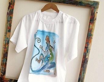 Paint by hand t-shirt with Lizard. Unique hand painted t-shirt in blue orange green. Lizard tee. Artistic t shirt. Original art t shirt.