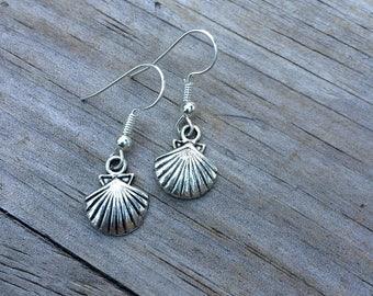 Tiny Seashell Earrings, Delicate Shell Earrings, Beach earrings, gifts, Sea earrings, Simple earrings, Gifts for her