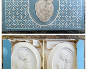 Avon // A Mother's Joy Soap Gift Set // Vintage Avon // Avon Soap