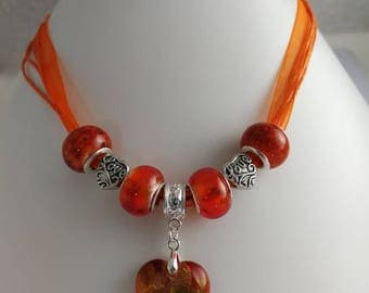 Charm's organza necklace orange with heart lampwork ref 857