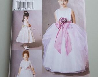 Vogue For Me Dress Sewing Pattern V7819