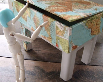 upcycling box, treasure chest, footrest out of your box. Map patchwork