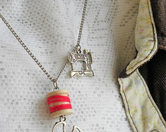 Sewing machine necklace, spool necklace, seamstress necklace, quilter necklace, quilt necklace, sewing assemblage necklace, seamstress gift