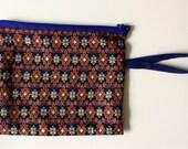 Small zipper pouch // Fabric clutch // Thai fabric bag // Wrist strap pouch // Handmade by Le Fouillis de Marie