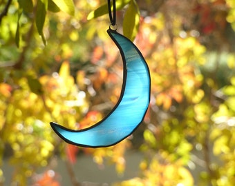 Stained Glass Crescent Moon, Half Moon Suncatcher, Window Hanging Crescent Moon Suncatcher