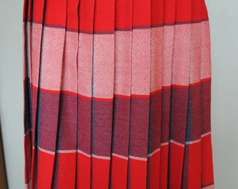 Plaid Reversible Pleated Wool Skirt