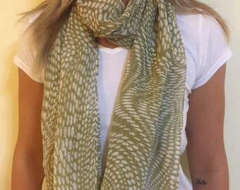 Green Scarf with White Pattern