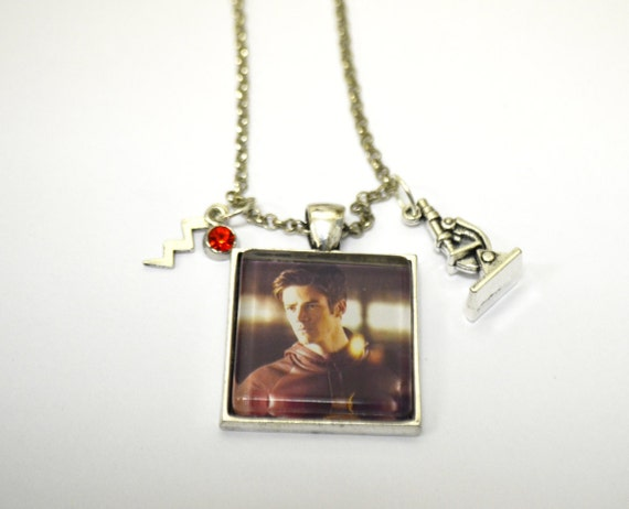 the flash necklace barry allen jewelry