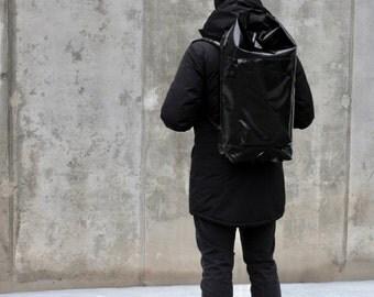 waterproof backpack with roller closure-black backpack-rucksack-laptop backpack-bike bag-roll top backpack-waterproof luggage backpack
