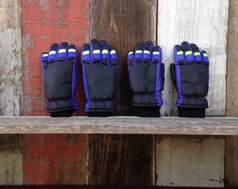 Retro His and Hers Winter Gloves, 80s Winter Gloves, 90s Winter Gloves, His and Her Ski Gloves, 80s Ski Gloves Set