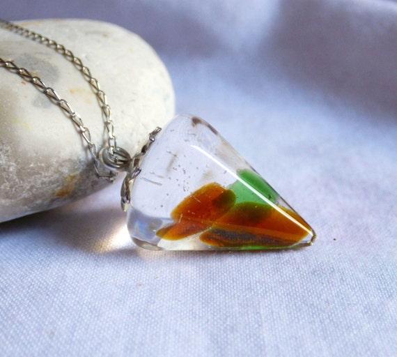 Seaglass Pendulum, Sea Glass Pendant, Seaglass Resin Jewelry, Dowsing Pendulum, Seaglass Pendant, Sea Glass Jewellery, Beachglass - PI17006