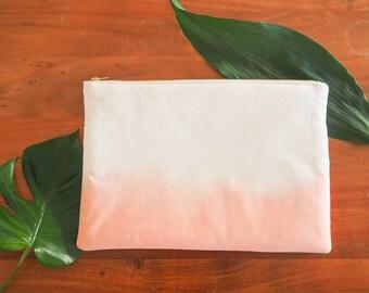 Cover / case Macbook or laptop, zipped, tie-dye design, Terracotta color