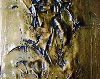 Amaranthine gold