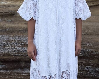Vintage Sylphide White Lace Cover-Up/Nightgown