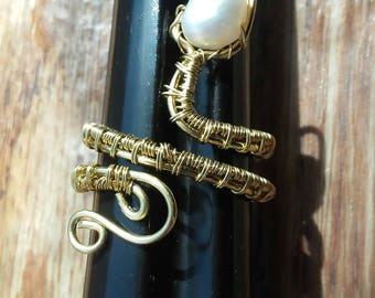 Snake gemstone adjustable ring